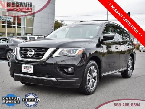 Certified Pre-Owned 2017 Nissan Pathfinder SV 4WD